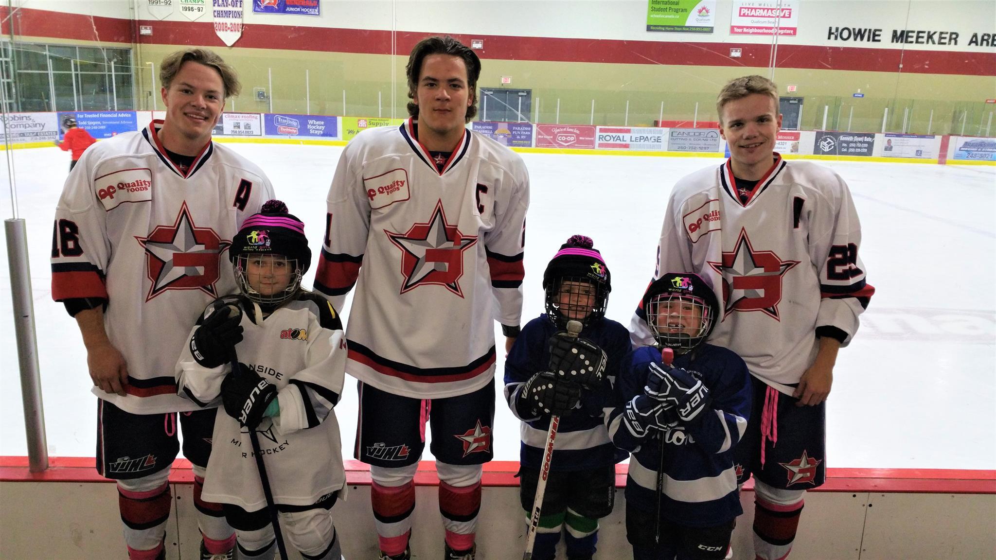 Gens support World Girls Hockey Week